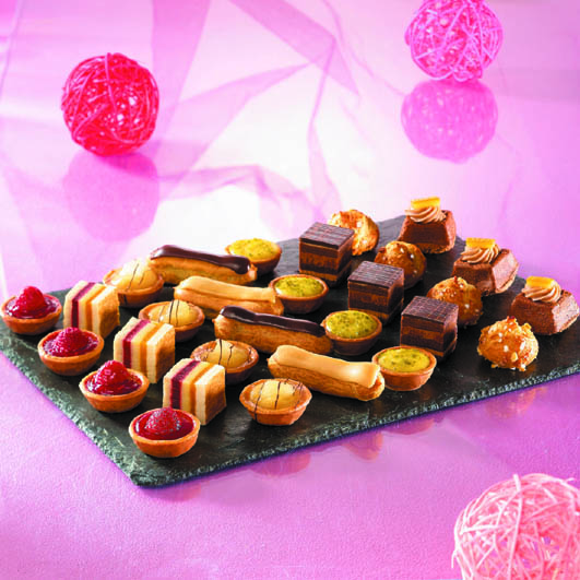 Dessert canapes dining solutions direct for Canape desserts